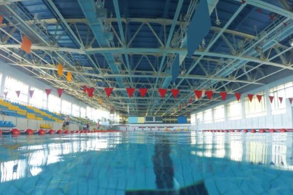 outdoor-or-indoor-pool