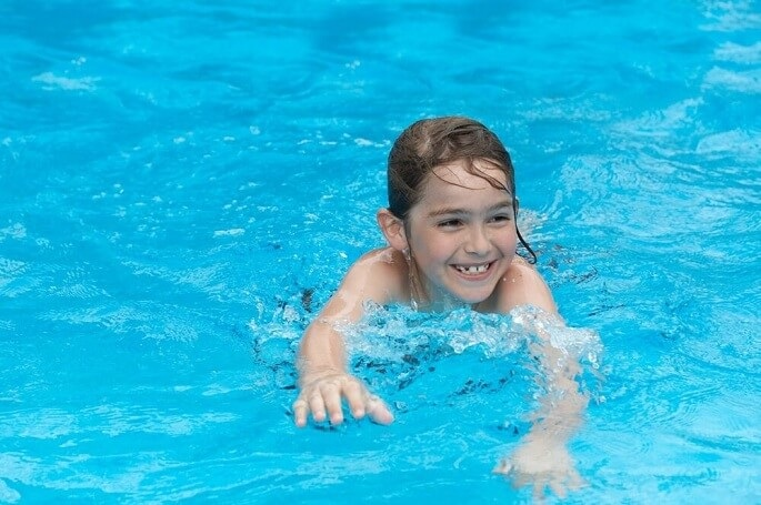 Swimming safety tips for kids blue chip pool service for How many children die in swimming pools